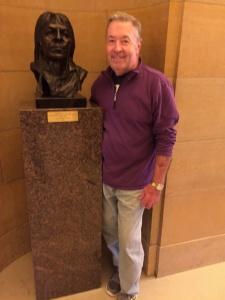 Tour of the Capitol-Shoreview Senior Living-Posing next to a statue