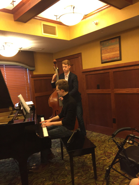 L'Ambizioso Duo plays at Lilydale Senior Living