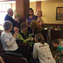 Mendota Heights Mom's Club visits Lilydale Senior Living
